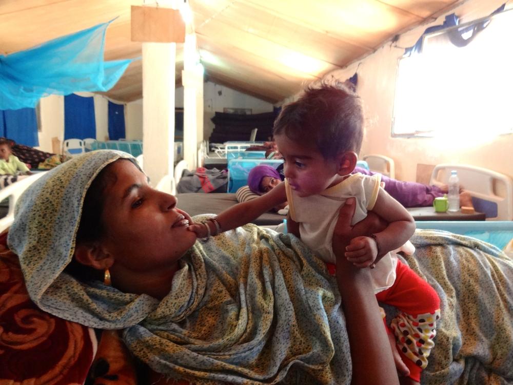 Urolighederne i Mali har sendt tusindvis af mennesker på flugt. Omkring 50.000 bor i en flygtningelejr i nabolandet Mauretanien.
