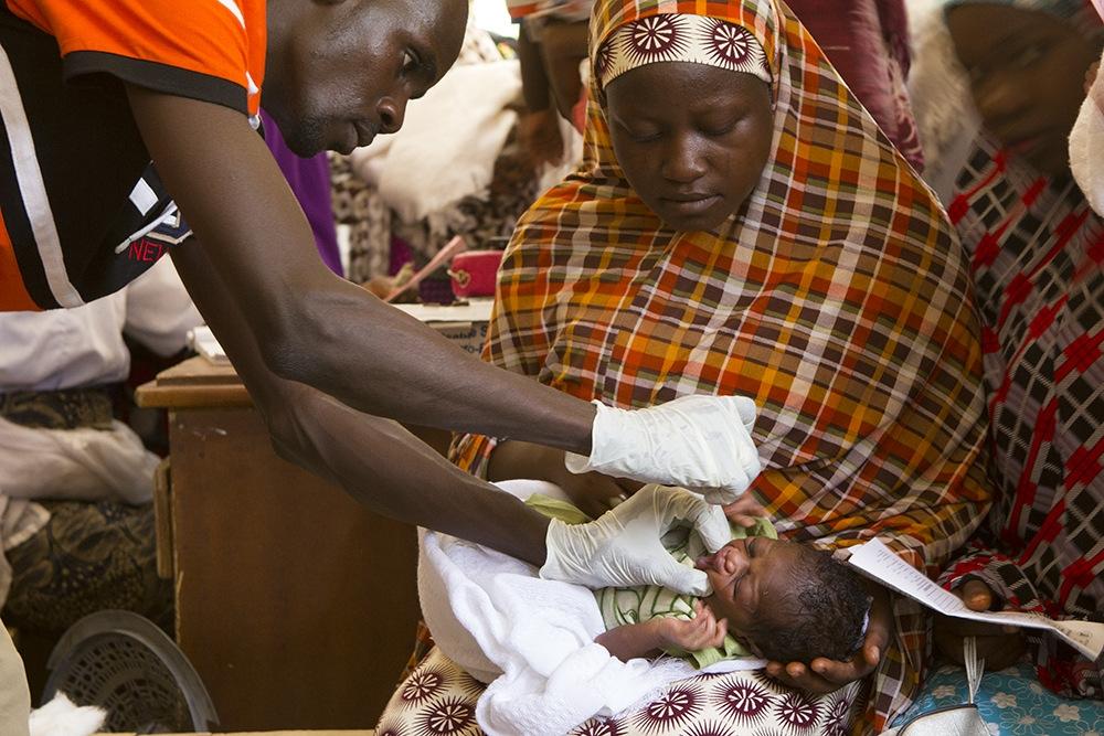 Hundredtusindvis af mennesker lever som internt fordrevne i Nigeria på grund af voldelige angreb fra Islamic State's West Africa Province - bedre kendt som Boko Haram.
